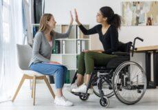 Soutien aux personnes handicapées: Québec assouplit les règles pour le crédit d'impôt