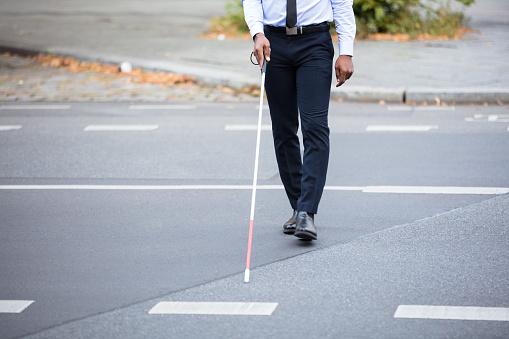 La COVID-19 nuit aussi aux gens ayant un handicap visuel